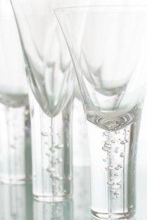 海の泡のようなグラス