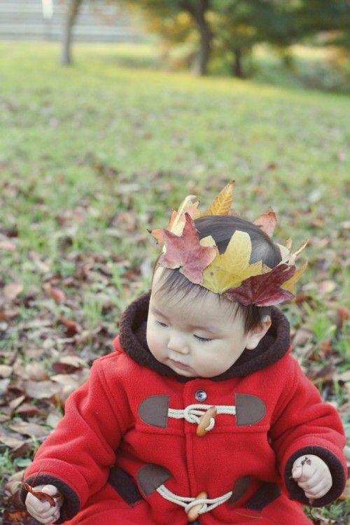 子どもと一緒に♪ 葉っぱで王冠づくり
