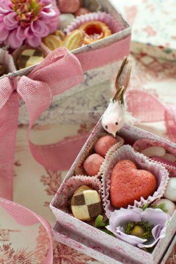 【バレンタイン2013】「無印良品」のお菓子をきゅうっと詰めるだけ!可愛いギフト