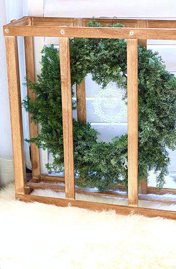 クリスマスリースの木枠活用法