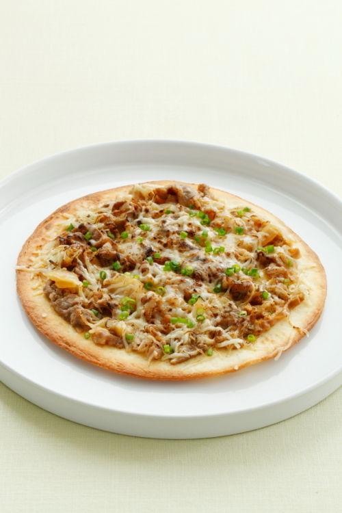 吉野家「牛丼の具」で牛丼ピザ