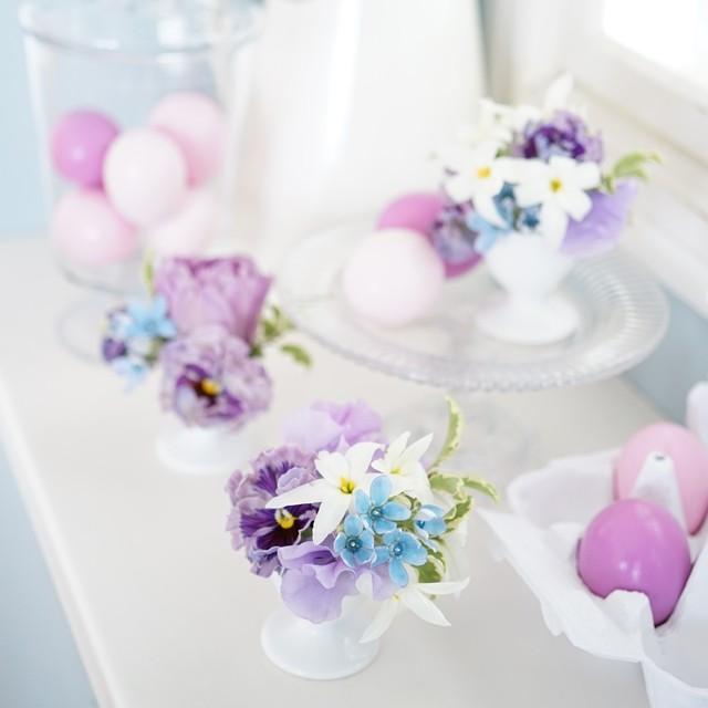 100均や身近な食器で可愛く!イースターの花飾り