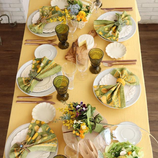 春 テーブルコーディネート ミモザ