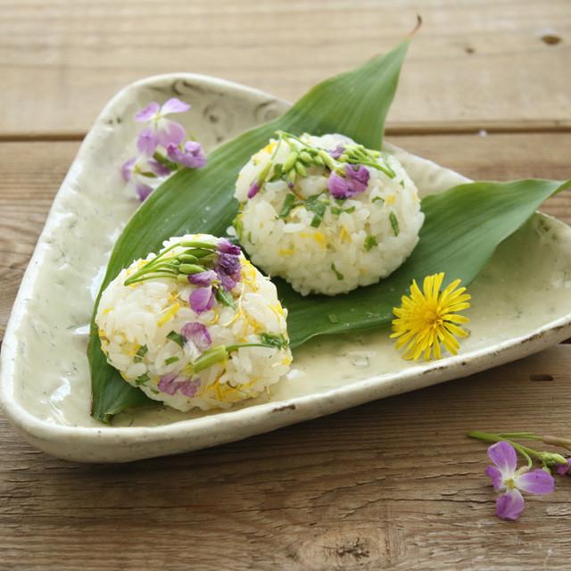 [美味しい雑草:ハマダイコン・タンポポ] お花のおにぎりの作り方