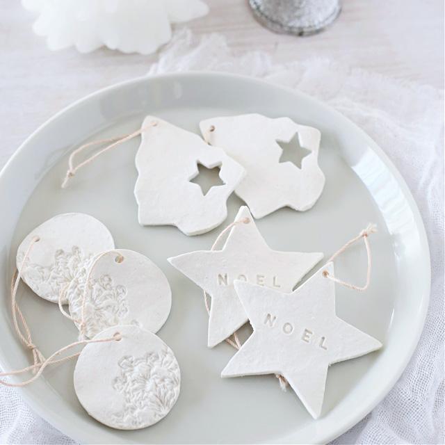 白粘土で簡単手作り!クリスマスオーナメント