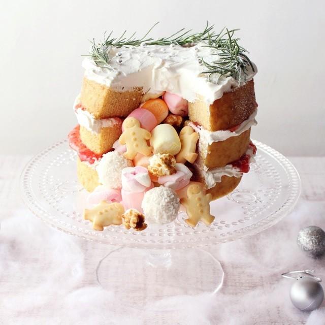 バームクーヘンで簡単! びっクリスマスケーキの作り方 おまけレシピ付き
