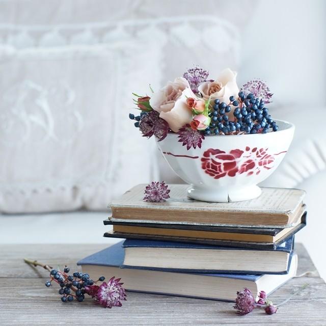 【秋の花色配色】ベージュ&ブラウン アンティークな花色合わせのコツ