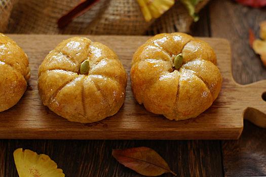 ◆ハロウィンウィークNo.6 ヘルシーで簡単!かわいいかぼちゃパイ