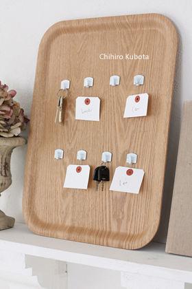 100円フックと無印良品トレイで作る鍵ホルダー