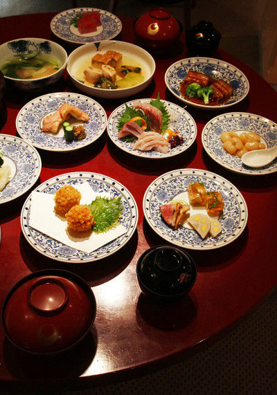 長崎卓袱(しっぽく)料理「アジサイ揚げ」を楽しみませんか?