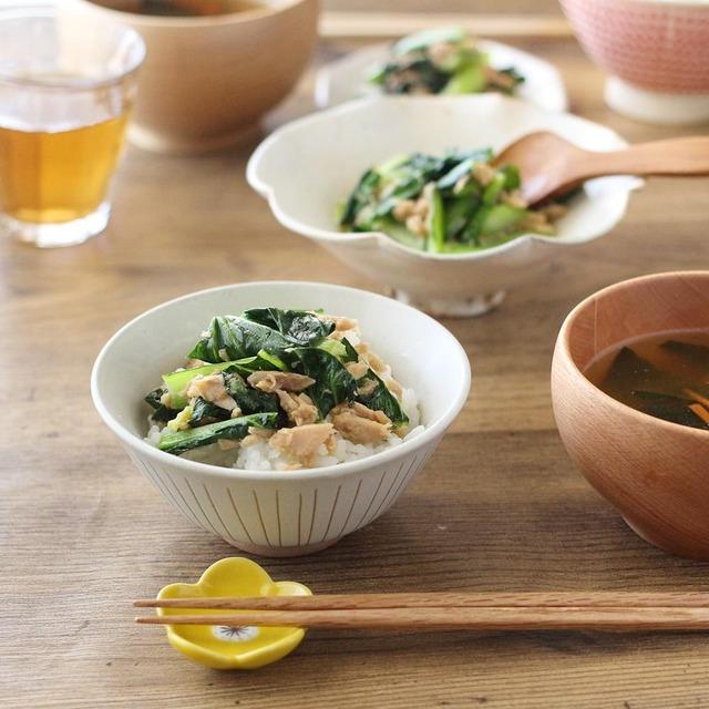 5分で完成!子どもも喜ぶ小松菜を使った朝ごはんレシピ 2品