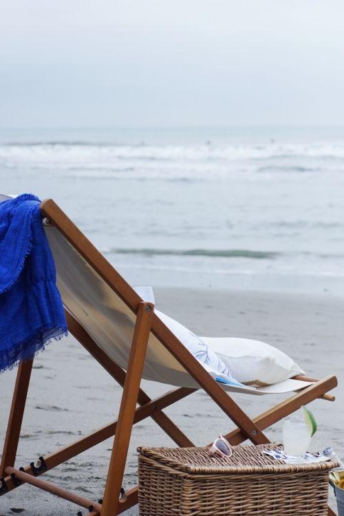 大人の海辺ピクニック ~簡単小物をプラスして 大人時間の演出~