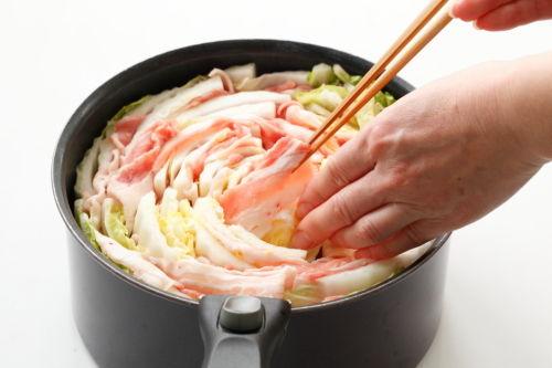 うどんスープがいい味だしてる! 白菜ミルフィーユ鍋~ざっくりレシピ@原田家の食卓