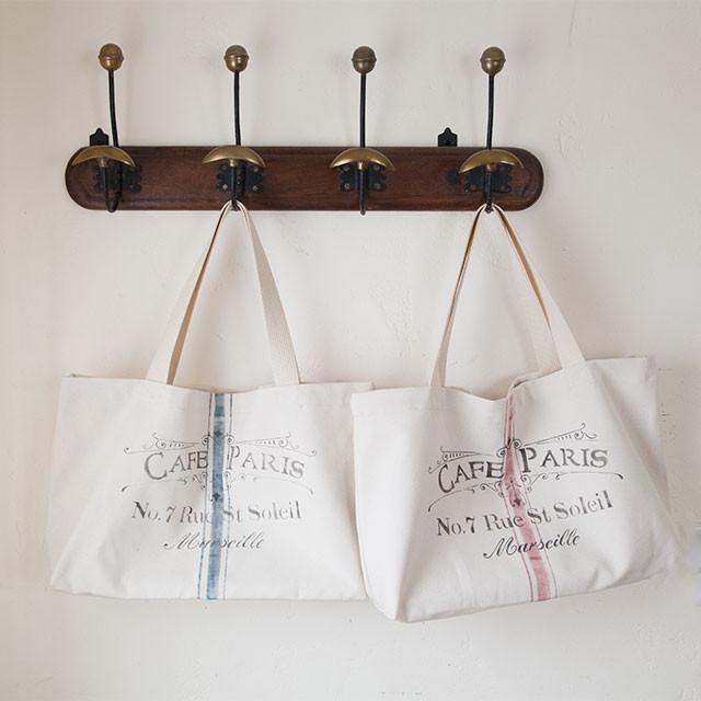 ステンシルを使って簡単に、手作りでフレンチ・ロゴバッグ