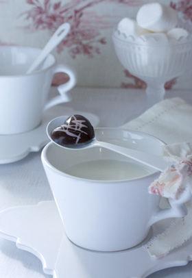 バレンタインの名残を楽しむスプーンチョコ