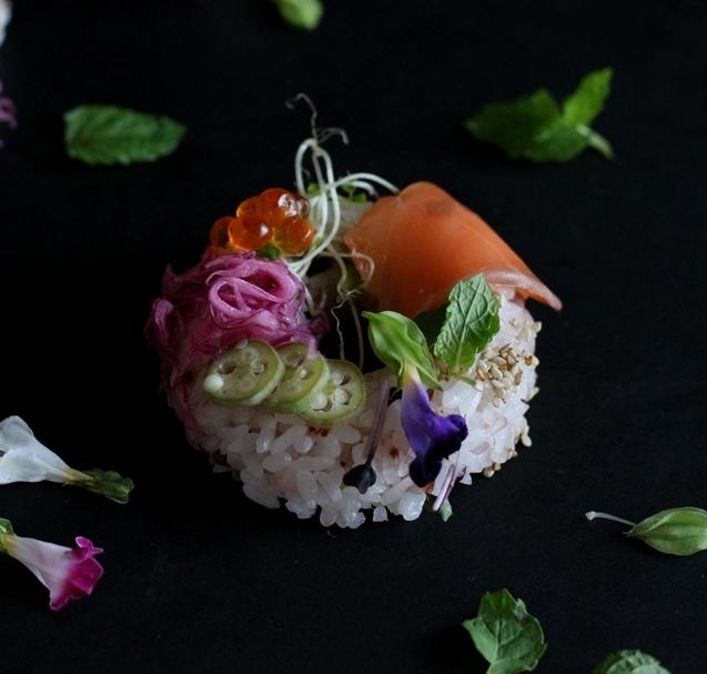 海外で流行のハイブリッドフード☆オシャレな寿司ドーナツ