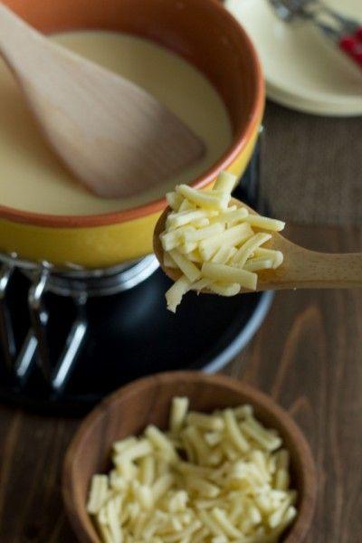 ワインよりもおいしい?! 日本酒で作るチーズフォンデュ