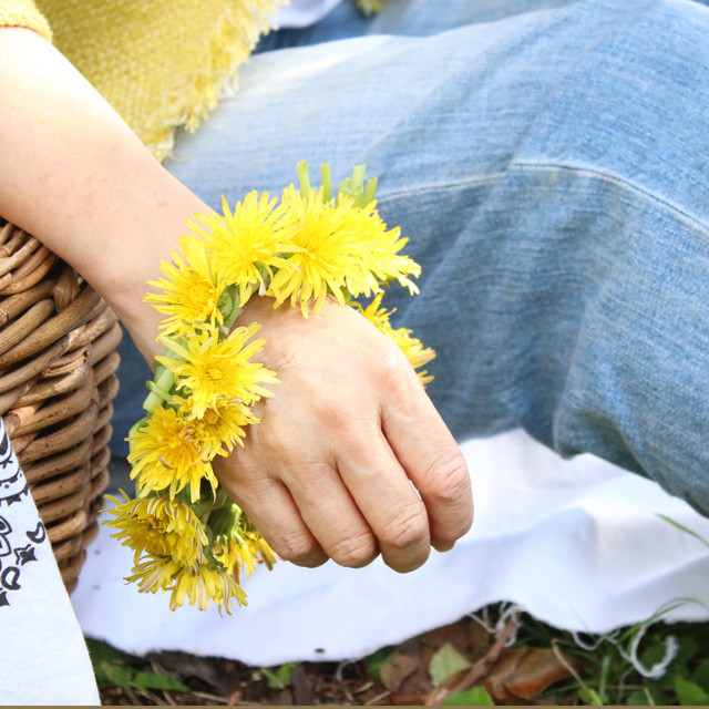 [雑草生活] 親子で楽しむタンポポ遊び♪ ブレスレット2種
