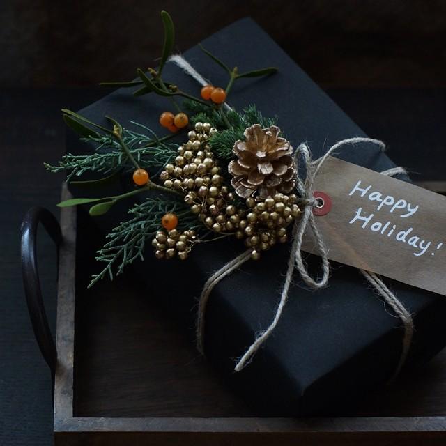 【冬の花色配色】グリーン&ゴールド クリスマス&お正月の2パターン使える!簡単スワッグ作り方つき