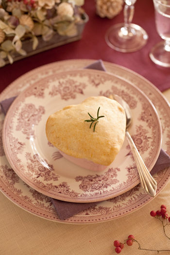 バターを使わない手作りパイ生地で簡単ポットパイ