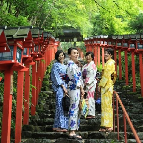 京都 貴船神社「気」が満ち溢れるパワースポット