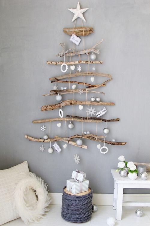 流木のクリスマスツリー
