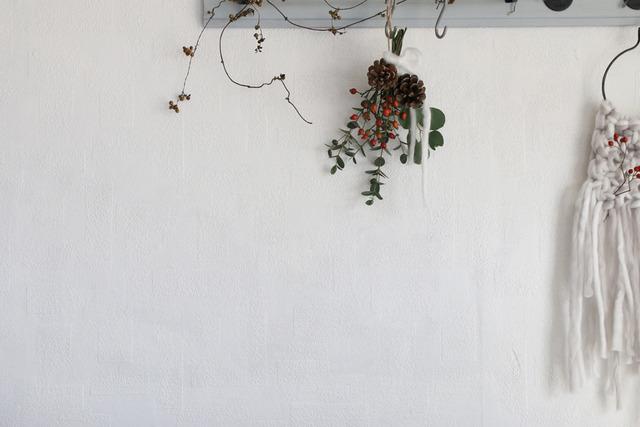 クリスマス スワッグ 作り方 木の実