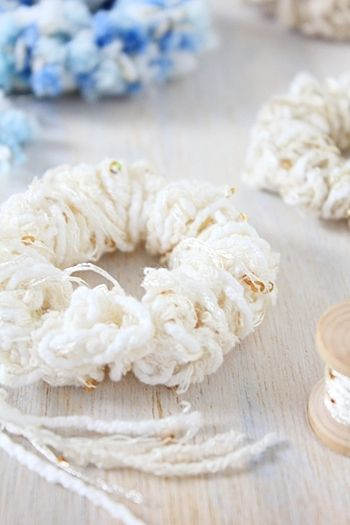 指編みで作るお手軽シュシュ