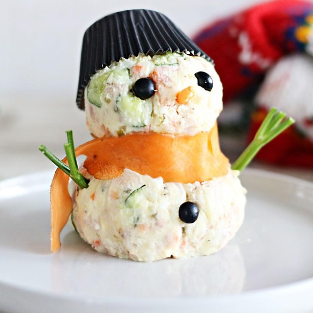 市販のポテトサラダでOK!可愛いスノーマン