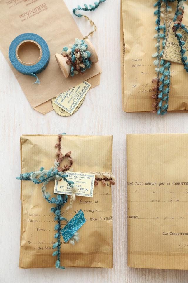 秋色の編み糸とガラスの小瓶~ 「ナチュラルな暮らしのヒント」から