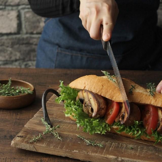 食欲の秋!美味しいキノコとパンの簡単レシピ 3選