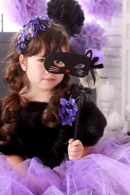 グルーガンでとめるだけ! ママ手作りのお姫様仮装で楽しむハロウィン
