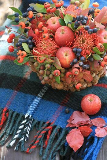 拾った木の実を活用~秋の実たっぷりのアレンジ~