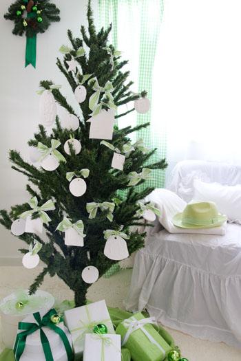 ◆クリスマスNo.8 紙粘土で作るオーナメント