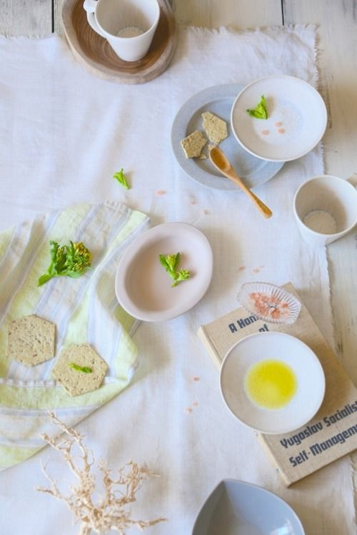 "Early spring on tableware:春を迎える""ティントカラー"""
