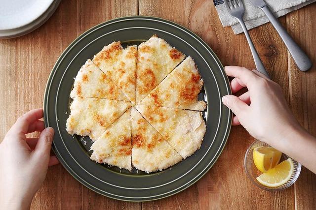【節約レシピ】揚げずにサクサク!鶏胸肉のチキンカツ