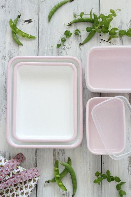 ピンクの野田琺瑯でハッピーなお弁当づくりを