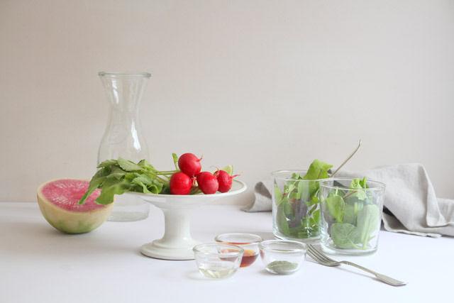 テーブルがぐっと洗練されて見えるアイテム2品