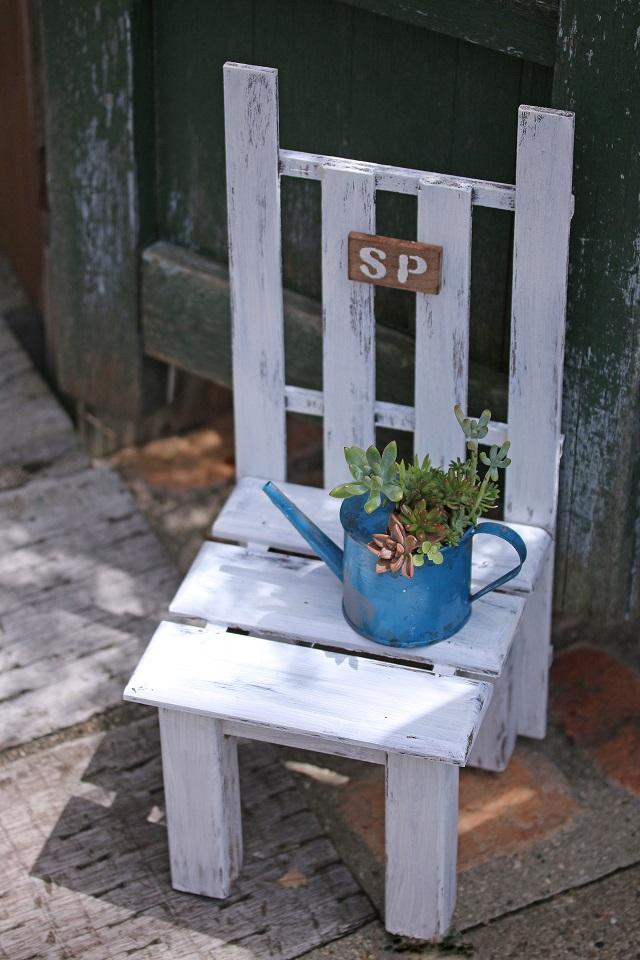 夏休み 宿題 工作 椅子型 花台