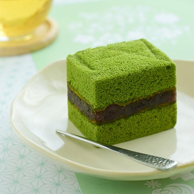 新緑の季節にぴったり! ふわふわ抹茶のお菓子