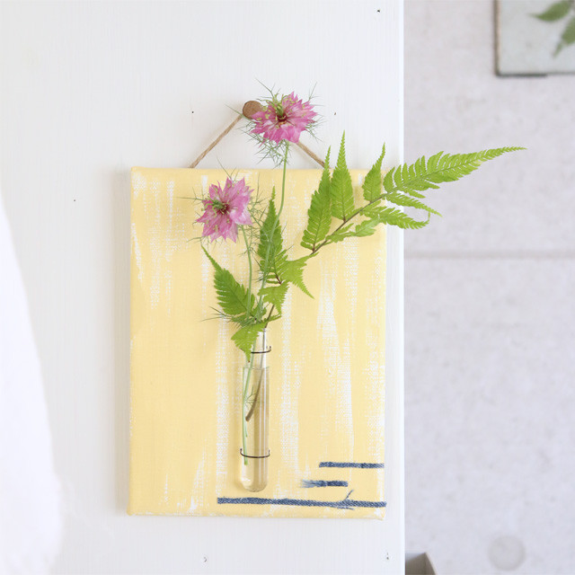 [カジュアルフラワー] 簡単に作れる一輪挿し 気軽に季節の花を飾れた♪