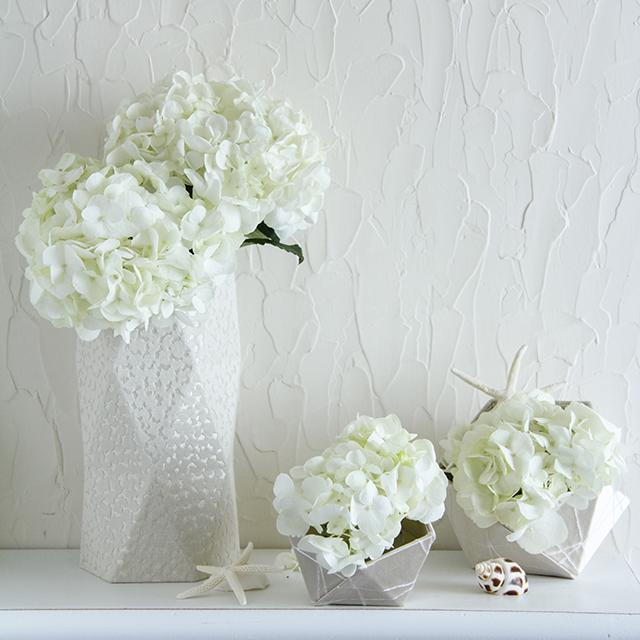 北欧テイストの多角形ボックスを花器に~ホワイトエレガンスカルトナージュ
