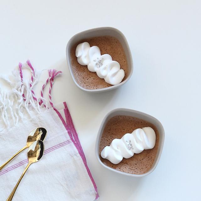 100均製菓材料でもOK! 手作りチョコムースを上品にみせるコツ