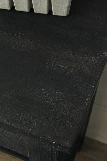 邪魔にならない収納アイテム&簡単ペイントで家具の模様替え