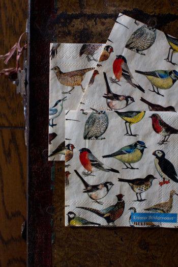 今回は、イースターにぴったりの 鳥の絵柄のペーパーナプキンを見つけたので ドイツのメーカーIdeal Home Rangeのもので 作ってみることにしました。