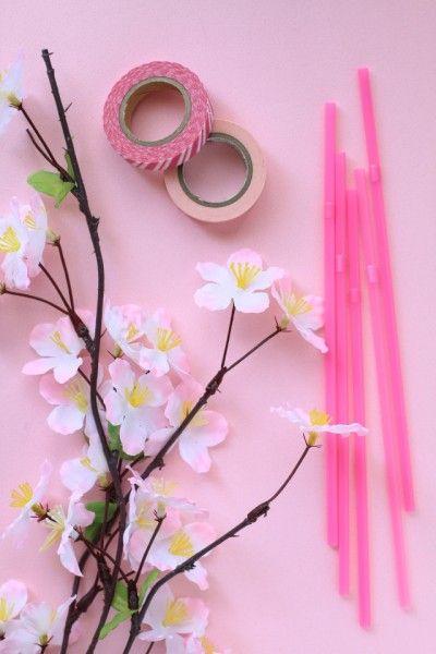 桜をもう少し楽しみたいから^^ ストローを桜で飾ってみました♪