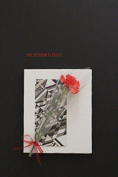 母の日のカーネーションを押し花にして、長く楽しむ