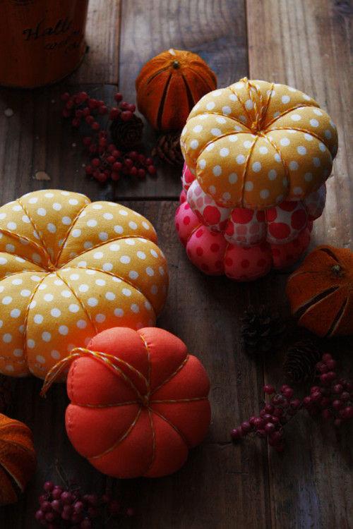 ハロウィン後も楽しめる! かぼちゃのピンクッション