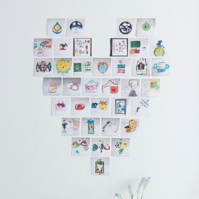捨てられない子どもの作品を整理♪ 壁に穴を開けず可愛く飾る方法