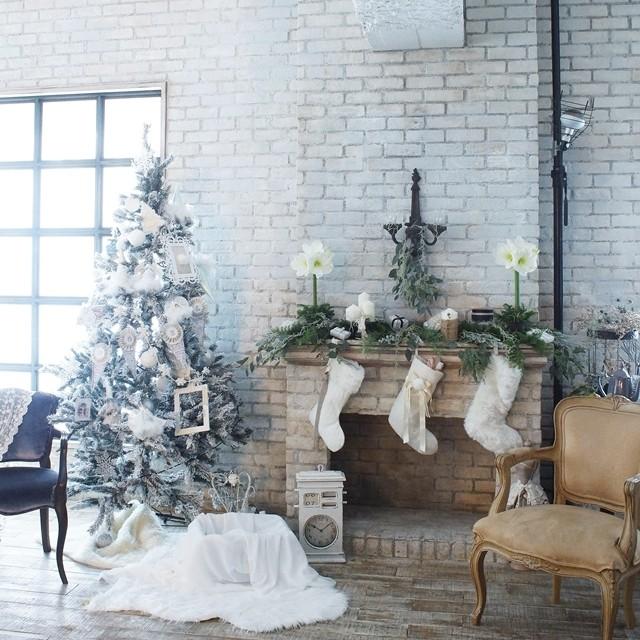 【冬の花色配色】ホワイト&グリーン 映画のワンシーンのようなクリスマスの飾りつけのコツ